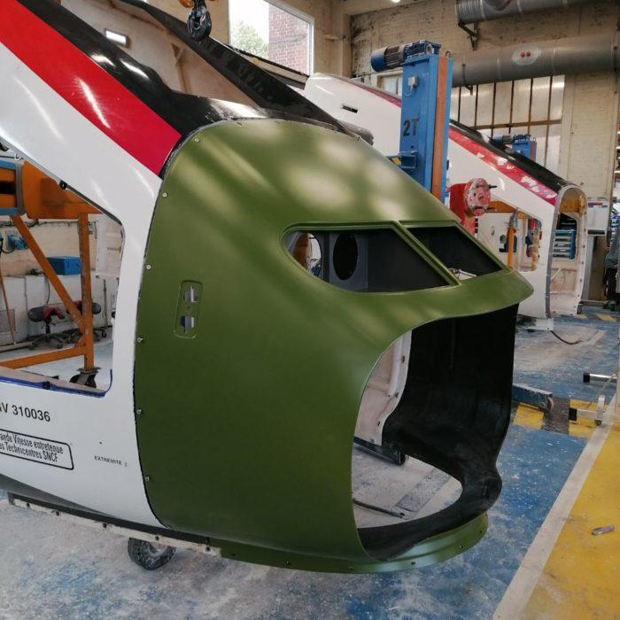 Anneaux porte-phares pour le TGV